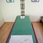Sala de masaje de aceite y piedras calientes