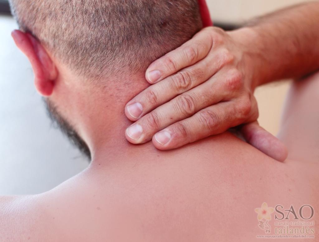 Sao masajes. Dolor de cuello, hombro y espalda